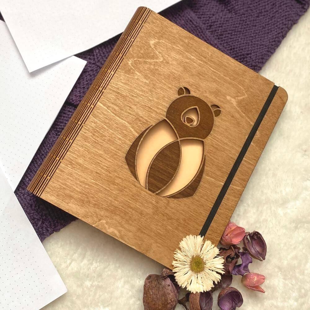 skribsy drewniane bindowane notesy